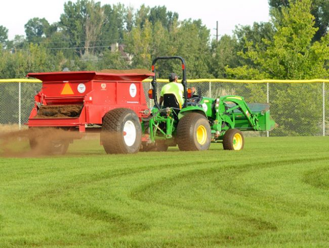 Aeration & Topdressing